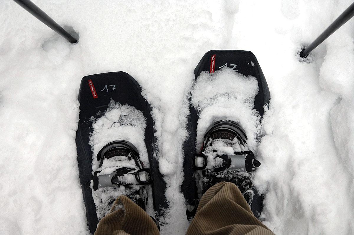 Auf großen Füßen